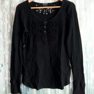 Lucky brand medallion lace applique thermal